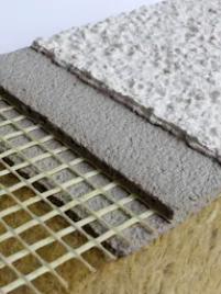 Placa de aislante térmico formado por varias capas.